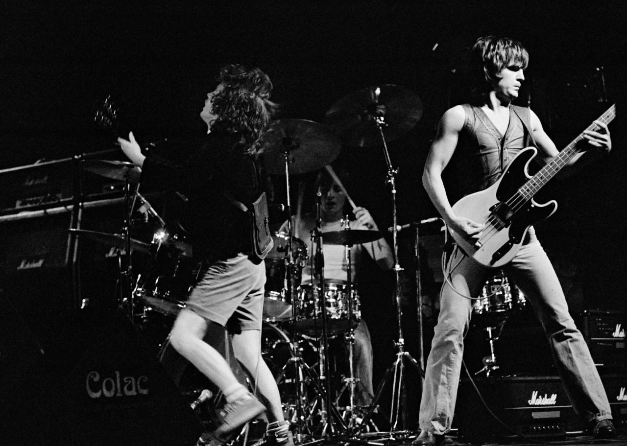 AC/DC: Переменный/Постоянный ток 5