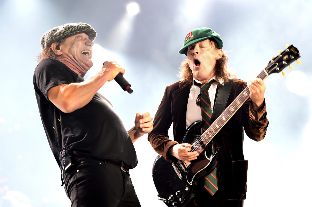 AC/DC: Переменный/Постоянный ток 8